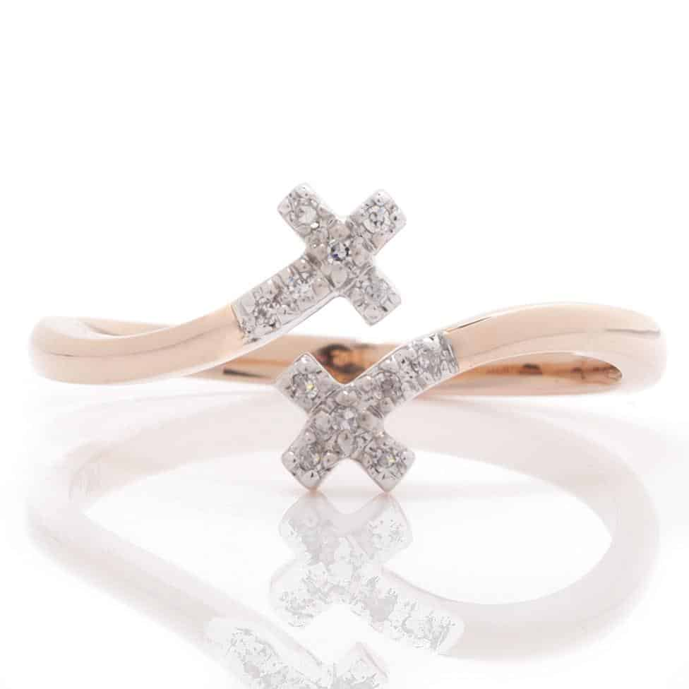 DIAMOND CROSS OPEN BYPASS RING